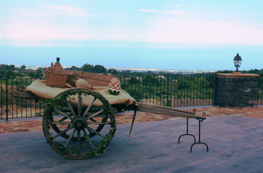 Il carretto siciliano di Villa Giuffrida